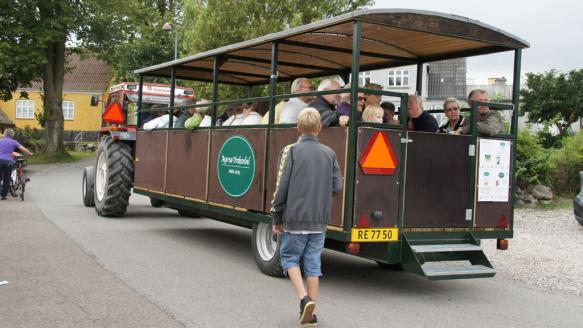 agerso-traktorbussen